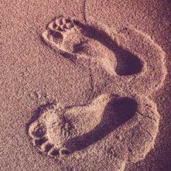 Réflexologie plantaire, empreintes de pieds